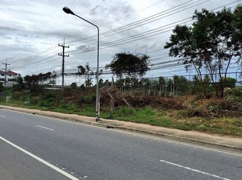 ที่ดินติดถนนสุขุมวิทพัทยา-สำหรับ-ขาย-พัทยาเหนือ-north-pattaya 20150911164311.jpg