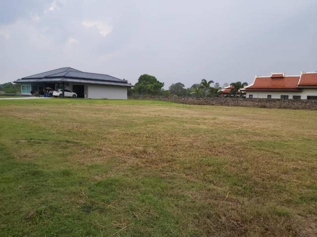 ที่ดินเหมาะปลูกบ้าน  land for house building-สำหรับ-ขาย-มาบประชัน-mapprachan-lake 20191013125542.jpg