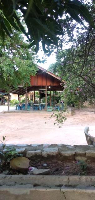ที่ดินเหมาะปลูกบ้าน  land for house building-สำหรับ-ขาย-มาบประชัน-mapprachan-lake 20200728092356.jpg